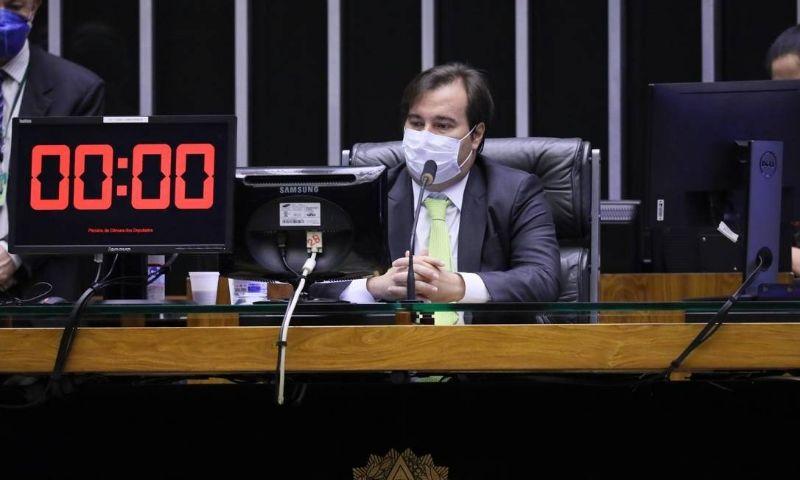 Rodrigo Maia indica que eleição municipal será adiada para dezembro, mas sem prorrogação de mandatos